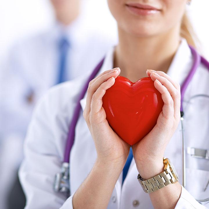 命と向き合う医療業界で働くということ
